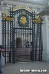 Puerta Buckingham Palace